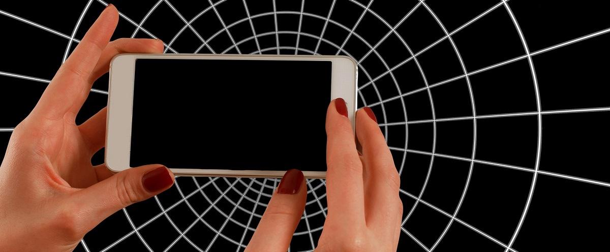 smartphone-1445490_1920